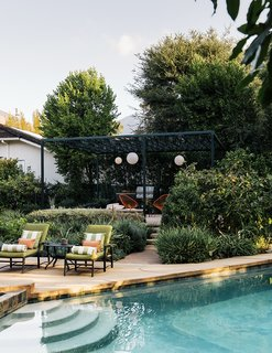 A Laser-Cut Pergola Completes a Tranquil Garden in L.A. That's Perfect For Entertaining - Photo 1 of 8 -