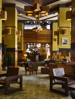 The Freehand LA lobby welcomes visitors with an evocative, American craftsman vibe.