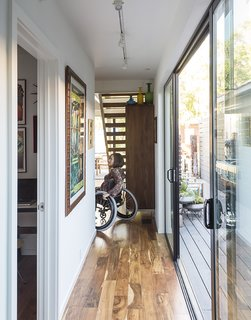 Ensuring that the house would be accessible for wheelchair users like Marielle Kriesel, who serves on the Santa Monica Disabilities Commission with TJ, guided the design.