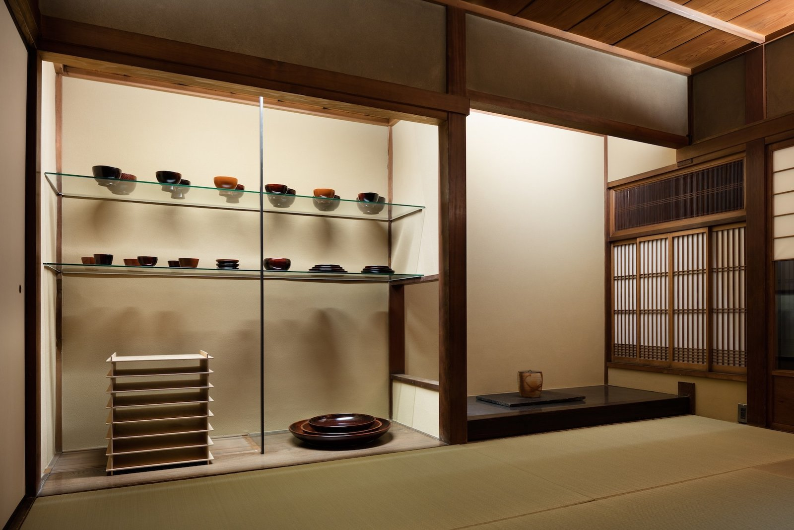 Shed & Studio and Storage Space Room Type  Photo 11 of 13 in A Minimalist Townhouse Provides Serene Accommodations in Historic Kyoto