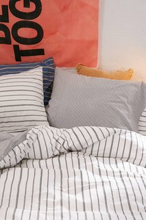 Prep Your Dorm Room For the New School Year With These 16 Cool, Modern Products - Photo 4 of 6 -