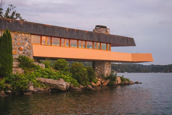 A Home on a Private Island That's Based on a Frank Lloyd Wright Design Is on the Market For $14.9M