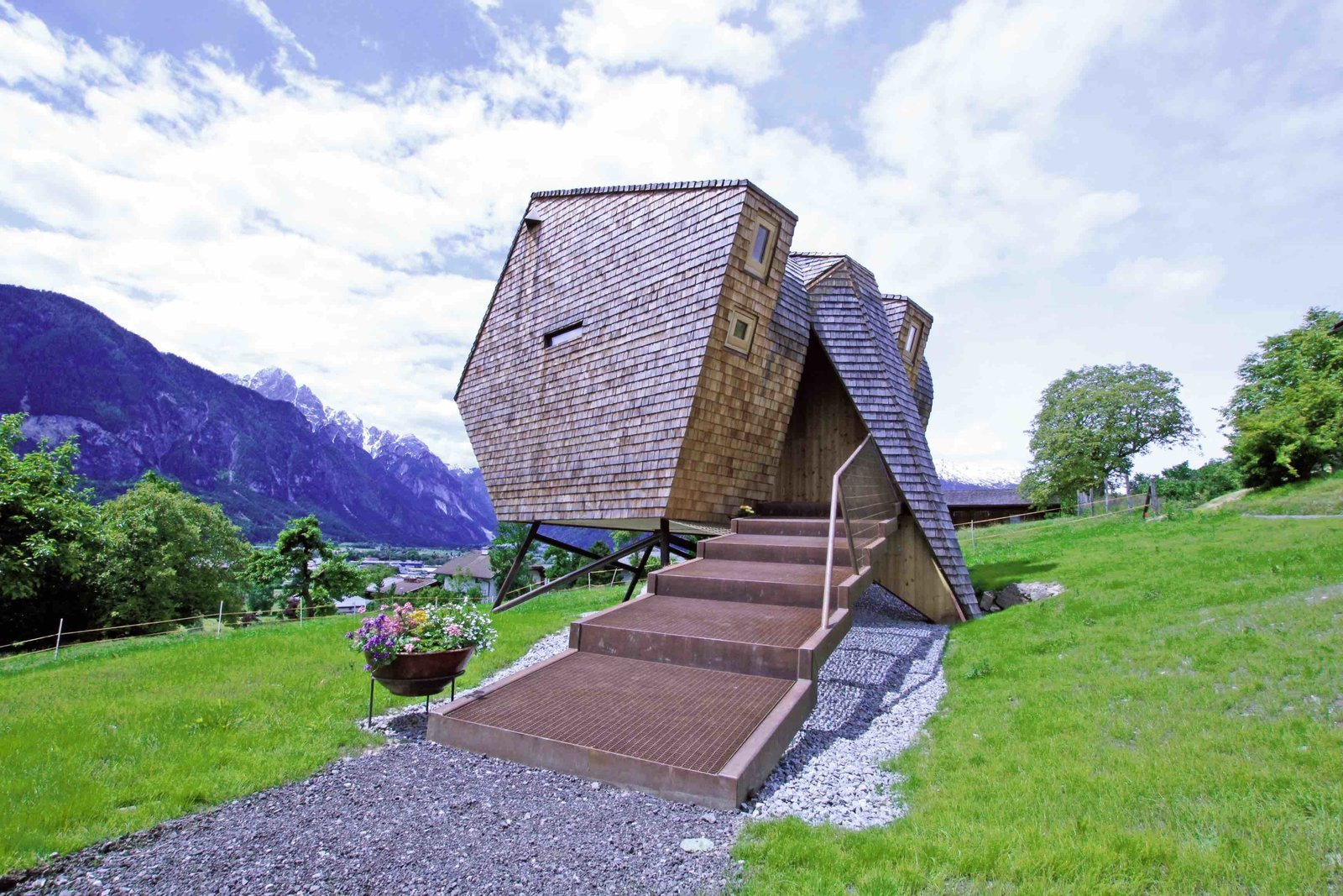 Exterior, Shingles Roof Material, Wood Siding Material, and Cabin Building Type  Photo 12 of 12 in Stay in a Tiny Shingled Cabin in Austria That Resembles a Bird-Like UFO