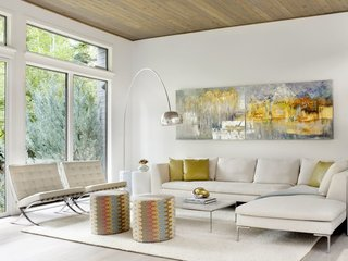 17 Modern Rentals That Give You a Front-Seat View of Incredible Fall Foliage - Photo 5 of 17 -