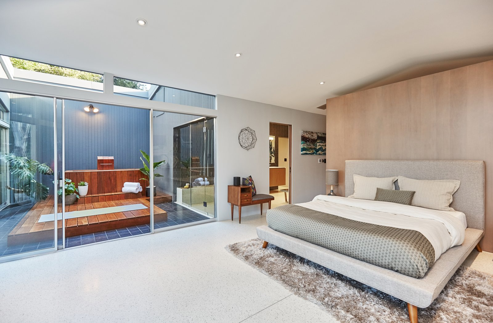 Bedroom, Bed, and Table Lighting  Photo 7 of 10 in A Hexagonal Midcentury Residence in Southern California Offered at $2.89M