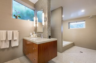 Snatch Up Case Study House #10 in Pasadena For $3M - Photo 9 of 12 -