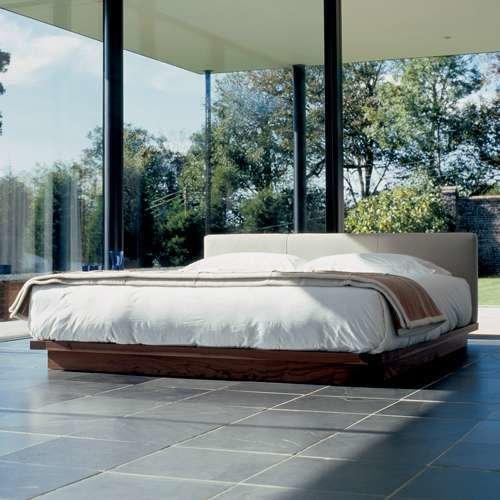 De La Espada 665 Compact Upholstered Bed