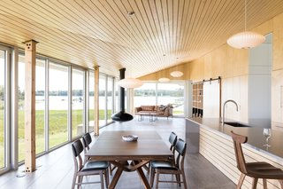 A Vacation Home in Nova Scotia Takes Cues From the Coastal Landscape - Photo 3 of 10 -