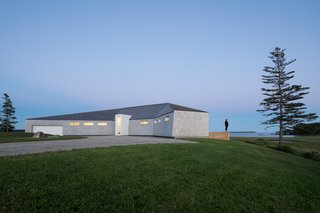 A Vacation Home in Nova Scotia Takes Cues From the Coastal Landscape - Photo 1 of 10 -