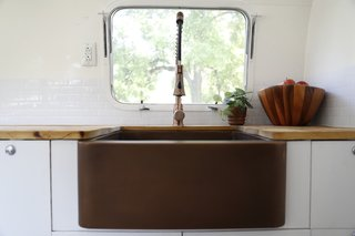 Airstream Dream Team: These Women Travel the Country, Turning Retro RVs Into Homes - Photo 8 of 14 -