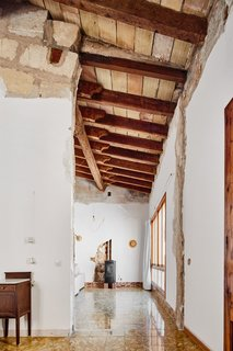 A Salvaged Apartment on Mallorca Leaves its Roots Exposed - Photo 6 of 13 -