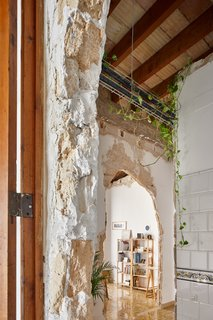 A Salvaged Apartment on Mallorca Leaves its Roots Exposed - Photo 5 of 13 -