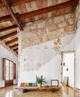 A Salvaged Apartment on Mallorca Leaves its Roots Exposed - Photo 2 of 13 -