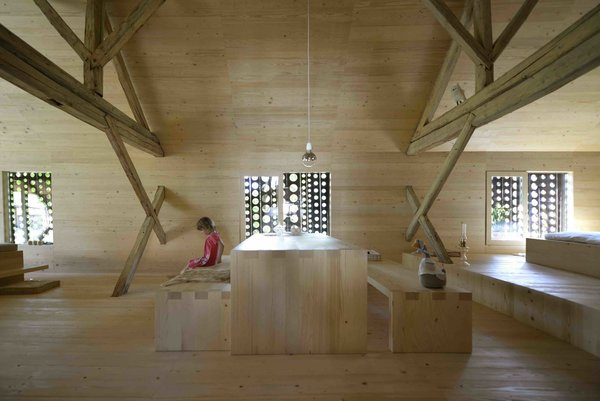 An Old Cattle Barn in Slovenia Is Saved and Transformed Into a Family Home - Photo 7 of 11 -