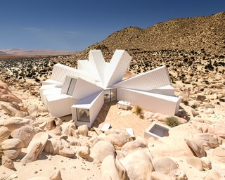 A Film Producer's Desert Retreat Is a Starburst of Shipping Containers - Photo 1 of 9 -