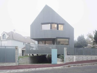 A Prefab House Near Paris Is Designed to Be Bright and Open - Photo 1 of 16 -