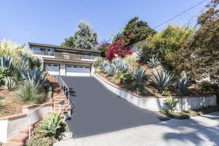 A Renovated Midcentury Home in L.A. With Timeless Details Asks $1.3M - Photo 1 of 14 -