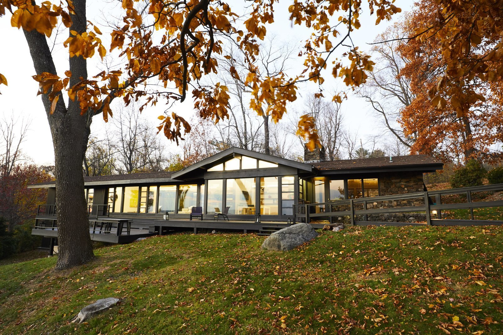 Articles about midcentury modern renovation hudson valley on Dwell.com