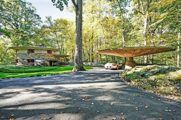 A Usonian Masterpiece by Frank Lloyd Wright Is on the Market For $1.5M