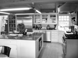 A 1974 Kit House Is Gutted in a Frenzy, Then Fine-Tuned For Close to a Decade - Photo 3 of 10 -