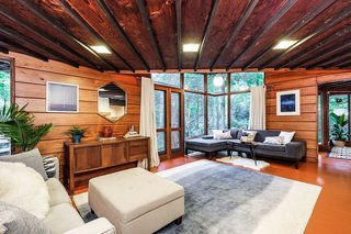 Live Out Frank Lloyd Wright's Usonian Vision in This Home That's Asking $725K - Photo 8 of 10 -