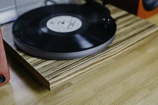 Why the Crosley C20 Turntable Should Be on the Design and Music Lover's Wish List - Photo 4 of 4 -