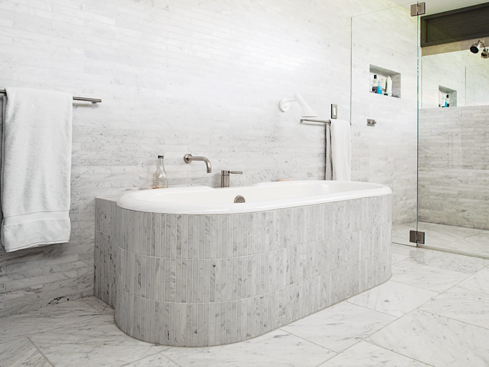 Discover 9 Modern Ways to Use Marble in Your Bathroom - Dwell