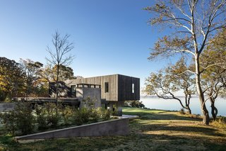 An Incredible Cedar-Clad House Captures Views of the Sea and Forest