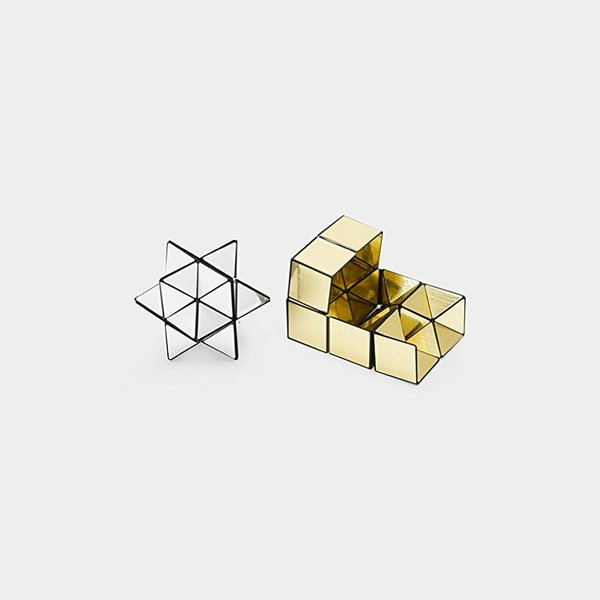 Naoki Yoshimoto Cube