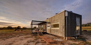 An Off-the-Grid Prefab in Australia Uses Salvaged Iron as Camo - Photo 4 of 4 -