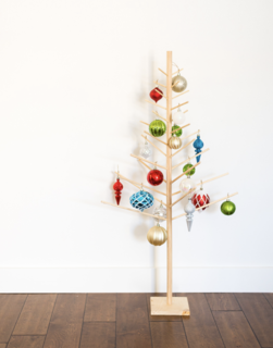 10 Festive Alternatives to the Traditional Christmas Tree - Photo 9 of 10 -