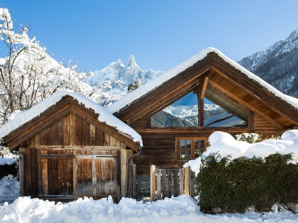 Rent One of These Cozy Cabins For a Ski Trip This Winter