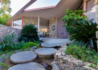 Elvis Presley's Palm Springs Honeymoon Retreat Hits the Market - Photo 1 of 8 -