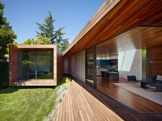 House of the Week: Indoor-Outdoor Renovation for a Midcentury Ranch House
