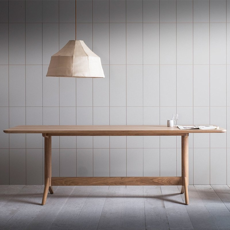 PINCH Achilles Dining Table