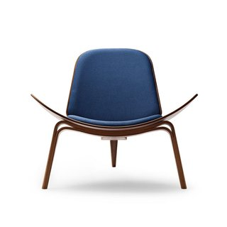 Carl Hansen CH07 Lounge Chair