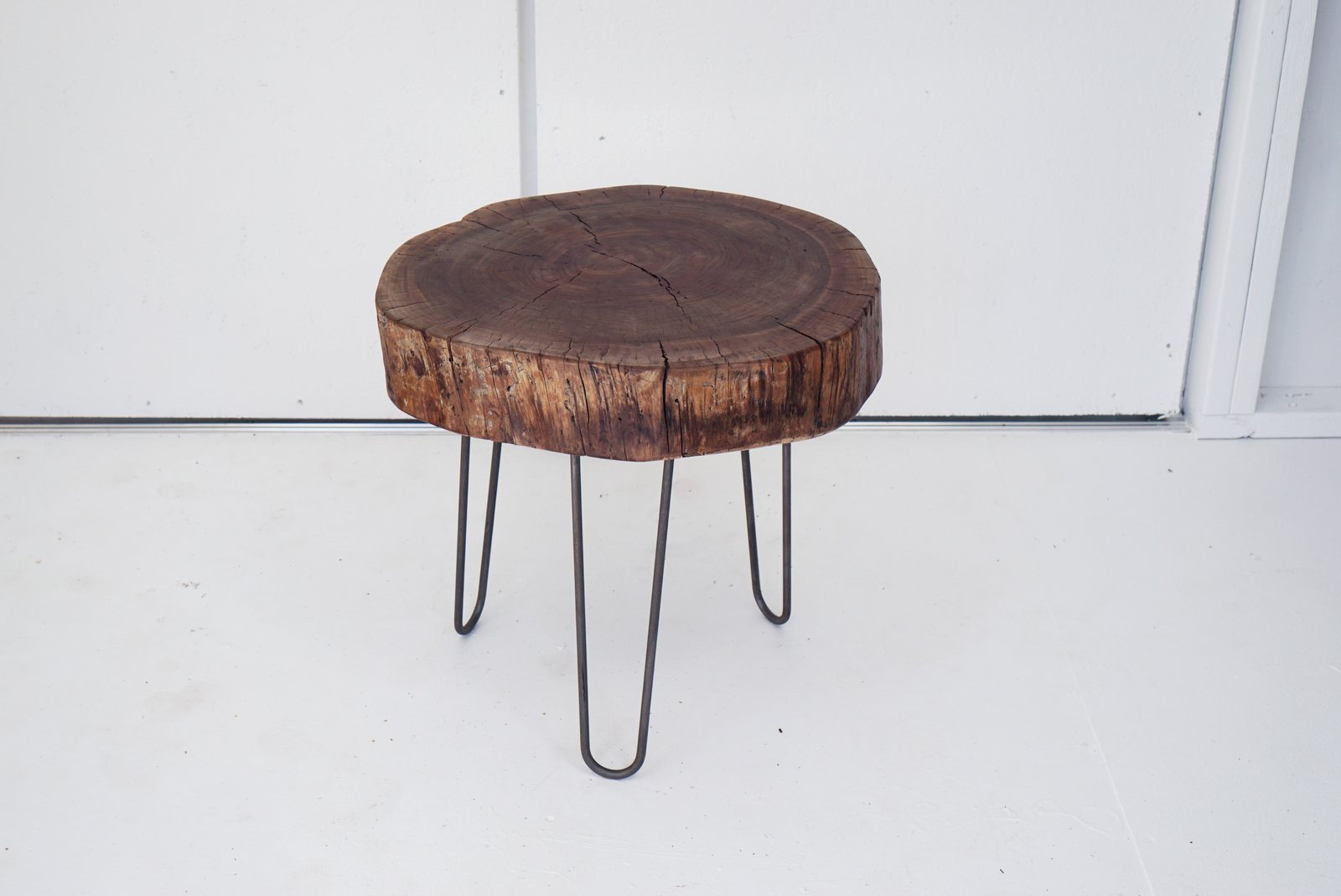 Dwell Made Presents: DIY Walnut Side Table