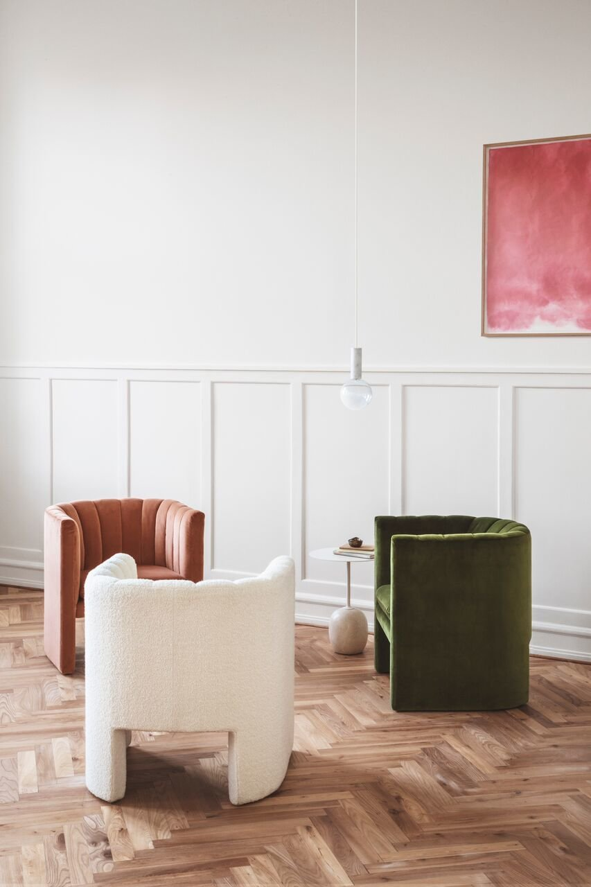 Living Room, Pendant Lighting, Chair, Medium Hardwood Floor, and End Tables  Photo 13 of 16 in Trend Watch: Study Up on the Best Design from imm Cologne 2018