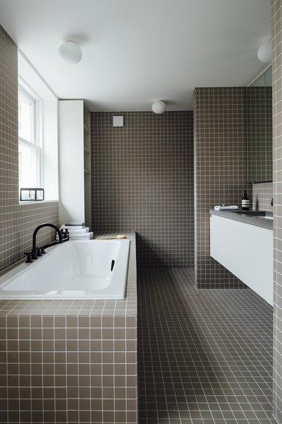 Best 40 Modern Bathroom Alcove Tubs Design Photos And Ideas - Dwell