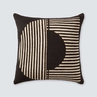 The Citizenry Demi Mud Cloth Pillow – Black