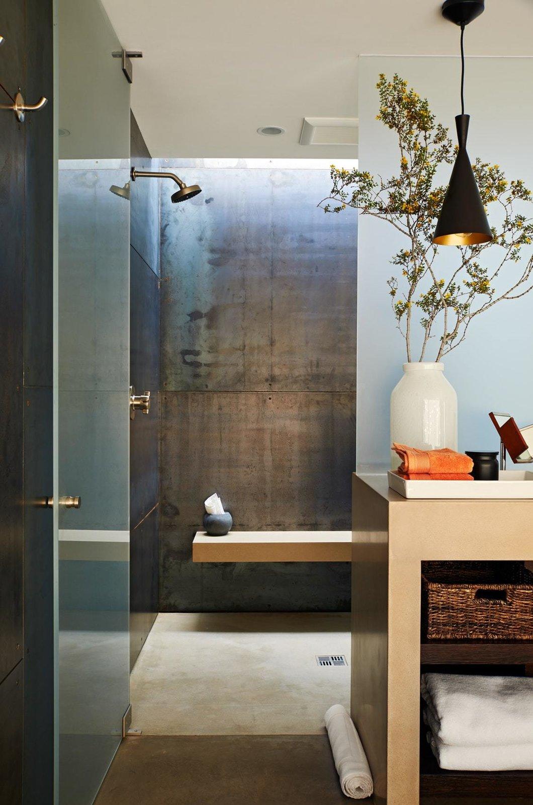 Bath Room, Pendant Lighting, Concrete Floor, Recessed Lighting, and Open Shower  On the Rocks