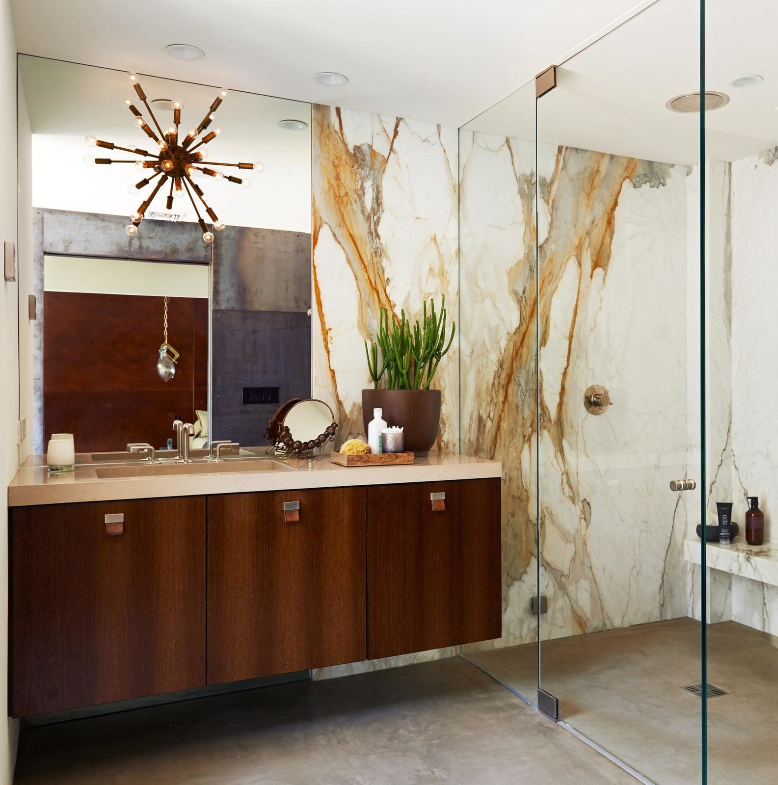 Bath Room, Full Shower, Enclosed Shower, Recessed Lighting, Ceiling Lighting, Drop In Sink, and Concrete Floor  On the Rocks
