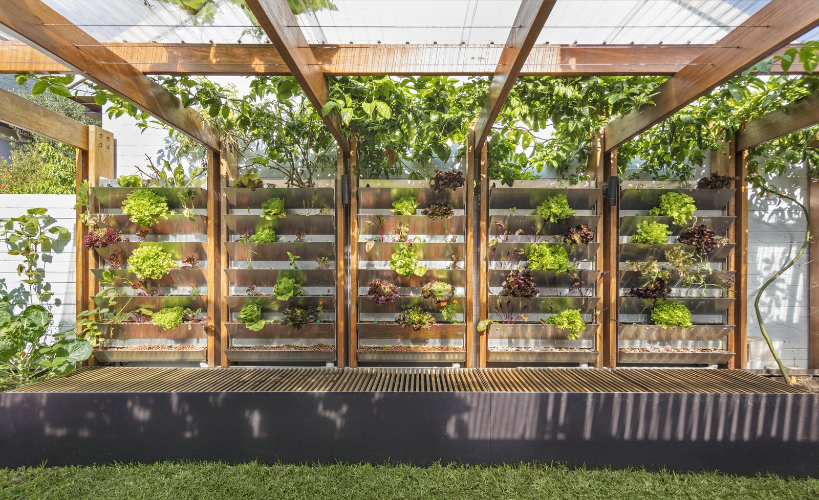 A Sustainable Home Near Sydney Boasts Chicken Coops, Vertical Gardens, And  More
