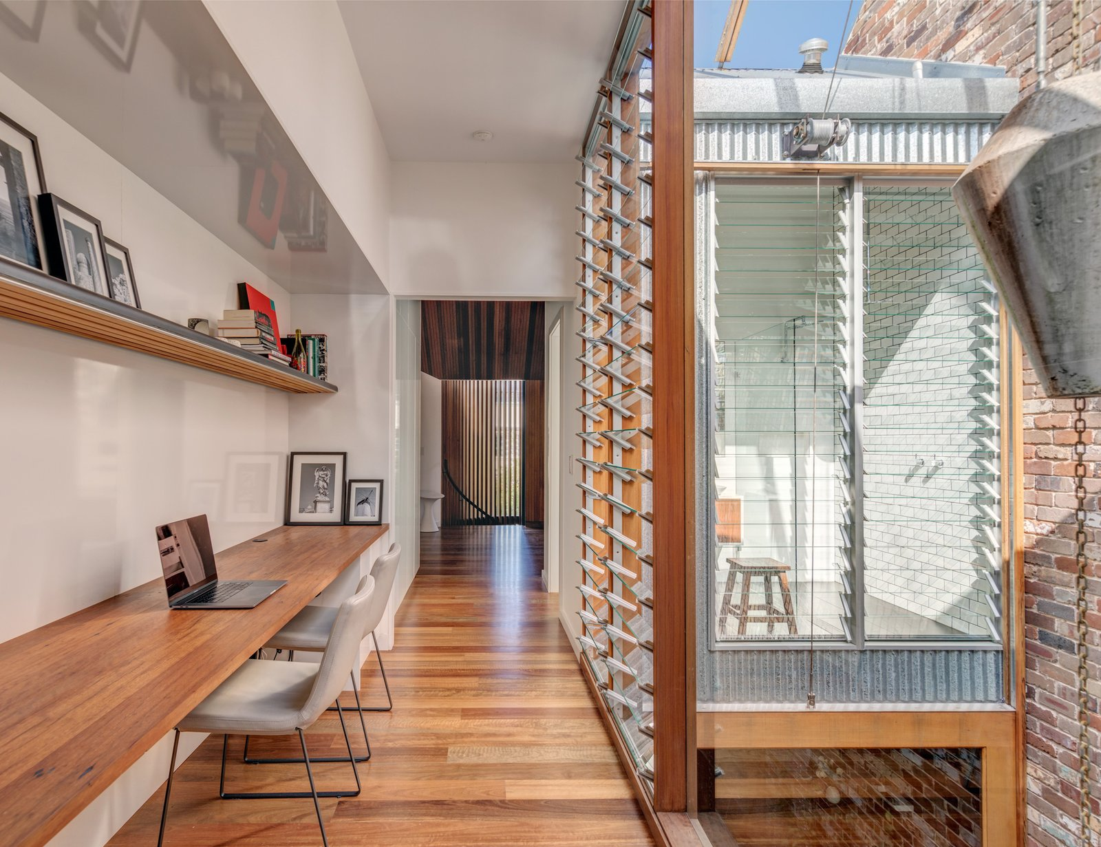 Photo 7 Of 9 In A Sustainable Home Near Sydney Boasts Chicken Coops,  Vertical Gardens, And More   Dwell