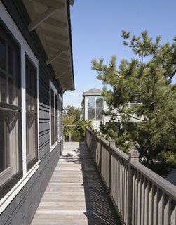This Eclectic Beach Bungalow on Fire Island Was Saved After Sandy - Photo 17 of 20 -