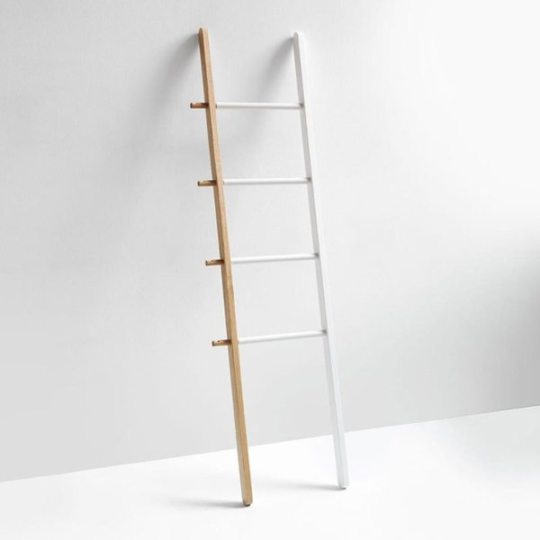 Hub White Ladder
