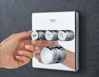 The GROHE SmartControl streamlines all shower buttons into one trim, giving users control of up to three shower outlets and presets for ideal water temperature and pressure.