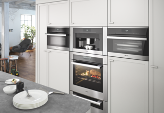 "Some of Tosdevin's favorite Miele features are ""shortcuts"" on the oven to help cooking novices prepare meals. ""For someone who isn't a chef and just wants to cook a couple fillets of fish, there are MasterChef automatic programs that are built in."""