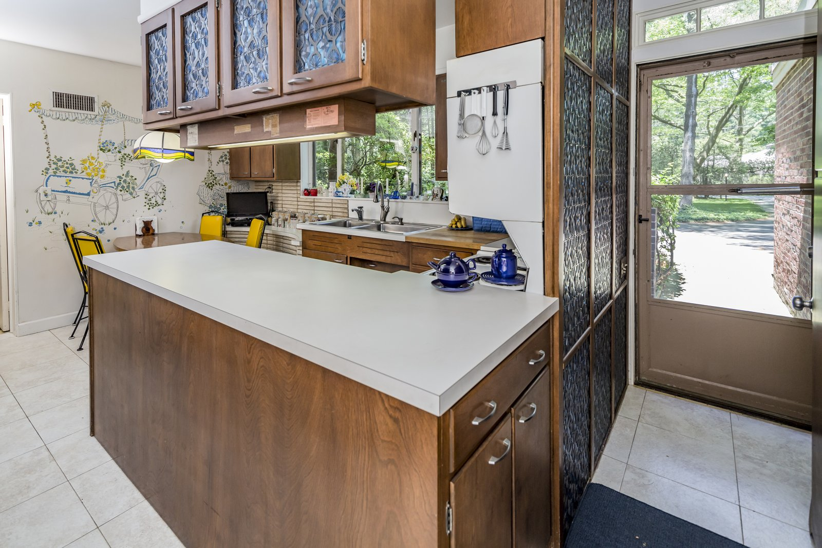 The home presents an exciting opportunity to renovate a gem.  Photo 4 of 9 in This Historic, Secluded Midcentury Home is on the Market for $1.2M