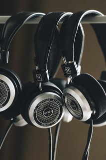 Here's How a Family Business in Brooklyn Handcrafts Top-Notch Headphones - Photo 8 of 19 -